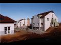 Stavba bytov�ch dom� a gar�� Praha