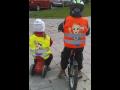 REFLEXN� VESTA pro bezpe�nost Va�ich d�t� nejen na svahu!