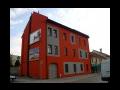 Stavby na kl��, v�stavba rodinn�ch dom�, zateplen� fas�d, demolice, Prost�jov