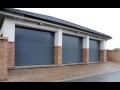 Různé barevné varianty garážových vrat