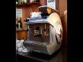 Nápojové automaty a kávovary pro firmy i restaurace pro rychlou přípravu kávy