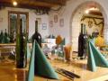 Vinný sklípek v blízkosti Aqualand Moravia