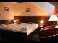 U hejtmana �arovce - �ty�hv�zdi�kov� hotel v Uhersk�m Hradi�ti