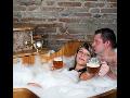 Relaxační zámecké pivní koupele a masáže na zámku, pivní lázně