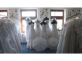 Svatebn� salon - v�prodej svatebn�ch �at�