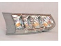 Plasty pro automotive - lisování světlometů do automobilů