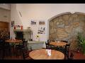 Stůl restaurace Hotelu u Růže