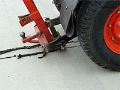 Opravy a údržba asfaltových povrchů dálnic, cest, silnic a  jiných veřejných komunikací