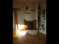 Stavby interiérových krbů z mramoru, cihlový krb Jihlava