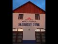 Kemp a penzion Slov�ck� dv�r