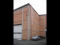 Hasičské budovy vybavené žebříky