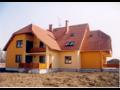 Stavby pr�myslov�, bytov�, na kl��, rekonstrukce dom� Nov� Ji��n