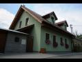 Sendvi�ov� d�evostavby, d�ev�n� rodinn� domy Uhersk� Hradi�t�, Zl�n