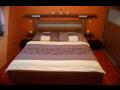 Vybavení obývacího pokoje, ložnice na míru-výroba z lamina