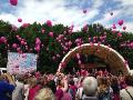 Pochod proti rakovin� prsu | Ostrava