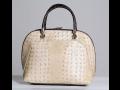 Trendové francúzske dámske kabelky zo syntetických materiálov