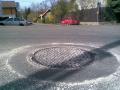 oprava poklopu studeným asfaltem