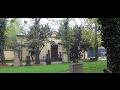 Urnov� h�j Praha Stra�nice - zrekonstruovan� h�bitov pro ukl�d�n� ostatk�