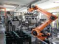 Pr�myslov� robotizovan� v�robn� linky