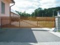 Posuvné-nesené brány vjezdové Valašské Meziříčí - montáž, prodej