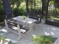Betonové výrobky na zahradu i do parků - květináče, obrubníky