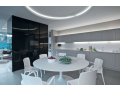 Skleněné obklady jsou vhodnou součástí moderních interiérů
