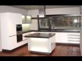 Skleněné obklady krásně prosvětlí každou kuchyň
