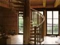 Dřevěné schodiště z masivu - zakázkové truhlářství | Náchod