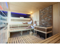 M�stsk� l�zn� Zl�n, finsk� sauna, parn� kabiny, kryt� baz�n-celoro�n� provoz
