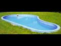 Prodej bazénů na míru – neobvyklý prostor není problémem