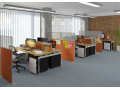 Variabilní stolové příčky a samostatné paravány pro kanceláře či call centra