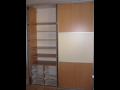 Vestavěné skříně a šatny na míru - zakázková výroba nábytku Mělník