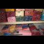 Obalový materiál - balící papír a alobal, kelímky, ubrousky