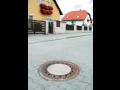 Betonové poklopy kanalizačních šachet – zakrytí hlavních vstupních otvorů Praha