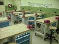 Školský nábytok výroba a predaj Praha - vybavenie učební, dielní a laboratórií