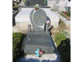 Zakázkové kamenictví, výroba žulových a mramorových pomníků a náhrobků