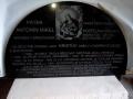 Pamětní, nápisní desky, rámy z kamene - kvalitní výroba s povrchovými úpravami