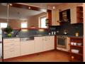 Kvalitn� kuchyn� se z�rukou - grafick� n�vrh ve speci�ln�m programu, v�roba, realizace