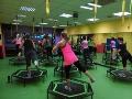 Jumping, aerobik, bodystyling - skupinov� cvi�en�, kter� v�s motivuje a dod� energii