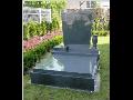 Prodej náhrobků, urnových hrobů z kvalitní přírodní žuly, včetně nápisu a vázy, akce