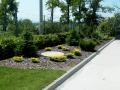 Zakládání, výsadba, sezónní údržba zeleně, trávníků-u domu, pro města, firmy