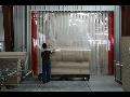 Protipr�vanov� vratov� clony - pruhov� z�v�sy pro sklady a v�robn� haly