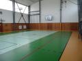 Dřevěné, umělé i kombinované sportovní podlahy s vysokou odolností a pružností