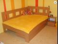 Kvalitné manželské, detské poschodové postele z ČR-z masívu, lamina