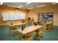 Školní nábytek, vybavení odborných tříd a učeben pro všechny školy