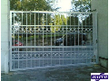 Kvalitní brány, závory, rolovací mříže, rolety i opony - výroba, montáž, servis