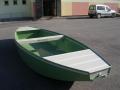 Zakázková výroba - plastové rybářské pramice a rybářské lodě