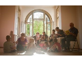 Denní péče o seniory Praha - v krásném prostředí vily se zahradou