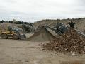 Uložení drcení recyklace odpadů struska beton cihly asfalt Hradec