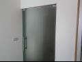 Výroba skleněných sprchových koutů, skleněné podlahy, dveře, schodiště, zábradlí